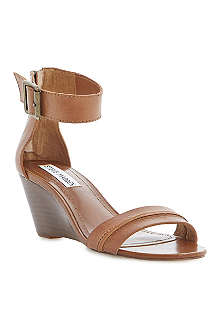 STEVE MADDEN Neliee leather wedge sandals