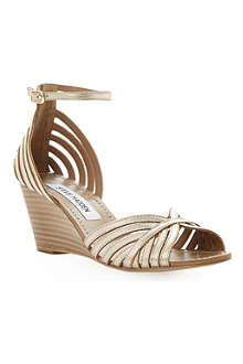 STEVE MADDEN Lexii metallic wedge sandals