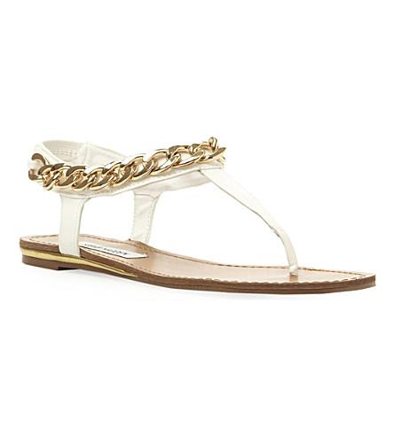 STEVE MADDEN Hotstuff chain detail toe post sandal (White-synthetic