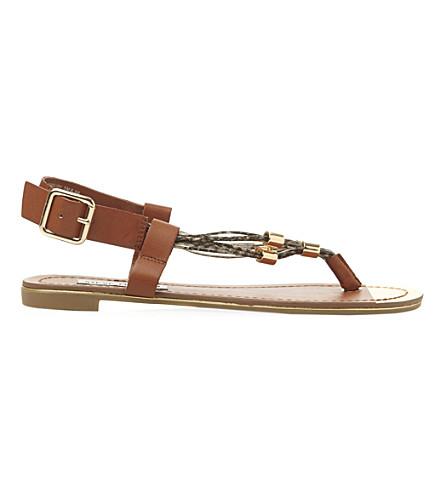 STEVE MADDEN Chain toe post sandal (Tan-synthetic