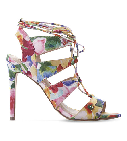 STEVE MADDEN Sandalia floral-print heeled sandals (Multi-synthetic