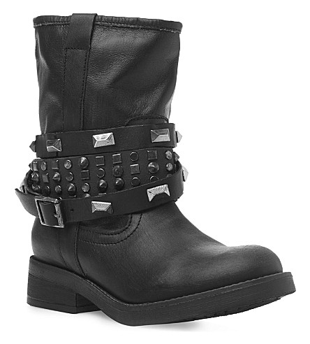 STEVE MADDEN Mightee calf biker boot with studded straps (Black leather