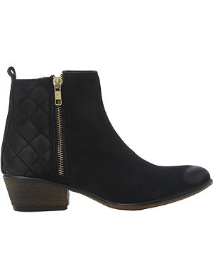 STEVE MADDEN Nyrvana quilted ankle boots
