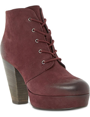 STEVE MADDEN Raspy leather lace up ankle boots