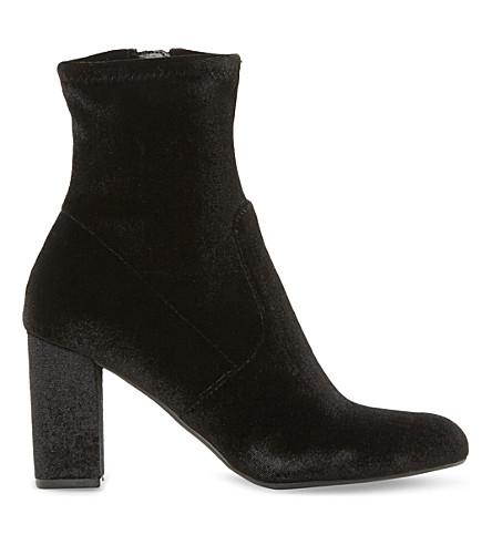 STEVE MADDEN Avenue velvet heeled ankle boots (Black-velvet