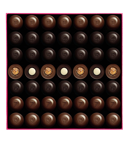 FAUCHON Box of 49 chocolates 490g