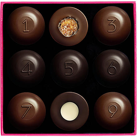 FAUCHON Box of nine chocolates 90g