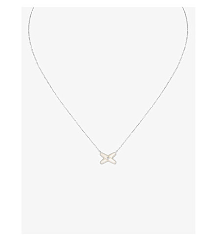 Chaumet jeux de liens mother of pearl and diamond pendant necklace chaumet jeux de liens mother of pearl and diamond pendant necklace aloadofball Gallery