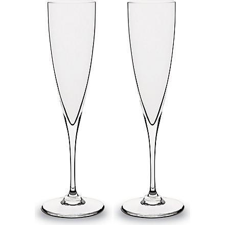 BACCARAT Set of 2 Dom Perignon champagne flutes (Clear