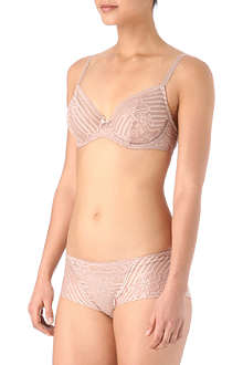 WACOAL Perfectionist underwired bra range