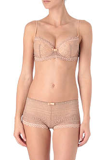 HUIT French Kiss magic air bra range