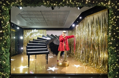 Selfridges Christmas Robin Window