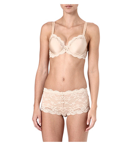 WACOAL Supporting Role underwired bra range