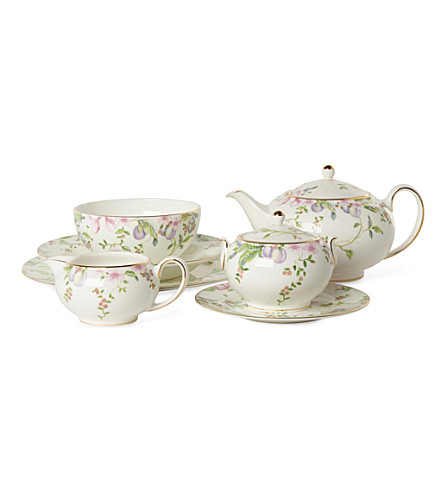 WEDGWOOD Sweet Plum range
