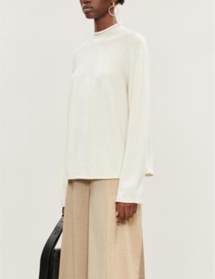 High-neck cashmere jumper