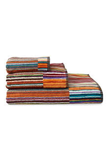 MISSONI HOME Jazz modern brights towel range