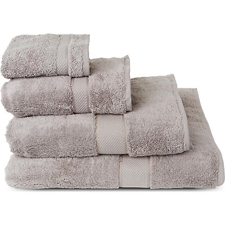 SHERIDAN Luxury Egyptian silver towels