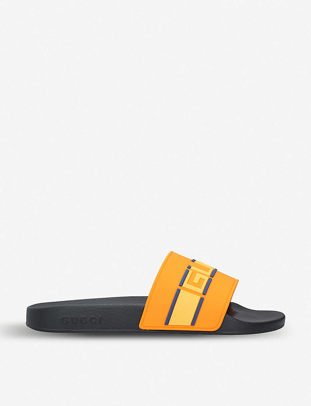 db4ce497df572a GUCCI - Pursuit logo-embossed rubber sliders