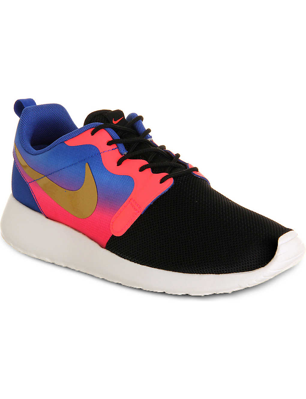 63378897e9cca NIKE - Roshe Run Hyp trainers