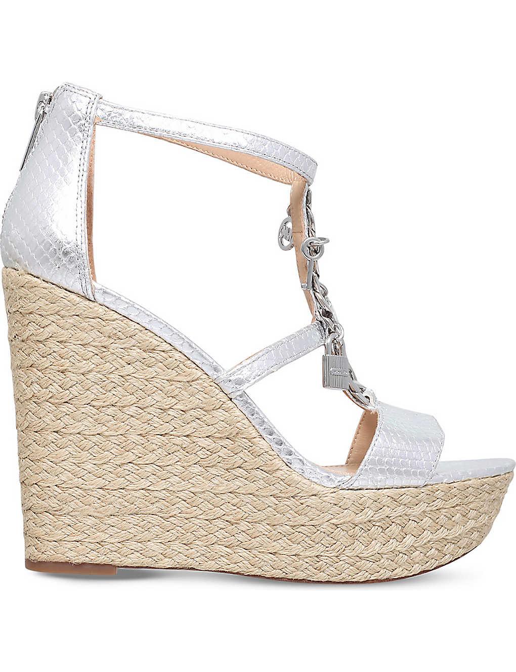 6377a5654aa1b MICHAEL MICHAEL KORS - Suki metallic-leather platform sandals ...