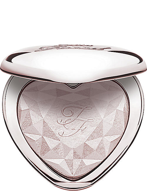 TOO FACED: Love Light highlighter