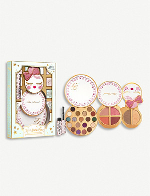 TOO FACED Let it Snow, Girl! Makeup collection