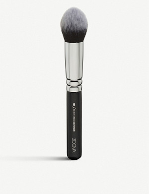 ZOEVA 135 Petit Face Definer brush