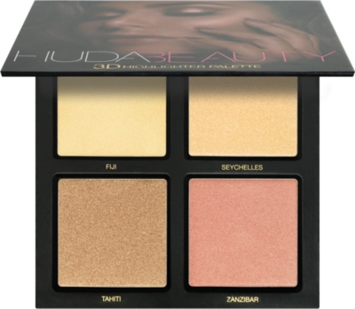 HUDA BEAUTY Golden Sands 3D Highlighter Palette