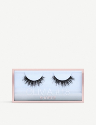 HUDA BEAUTY Olivia Shortie Lashes #18