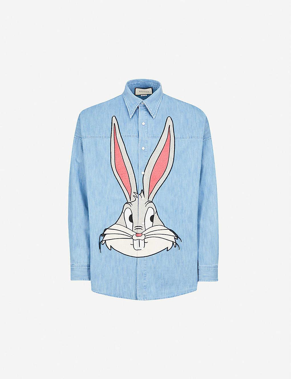 47cf76436369 GUCCI - Bugs Bunny regular-fit denim shirt | Selfridges.com