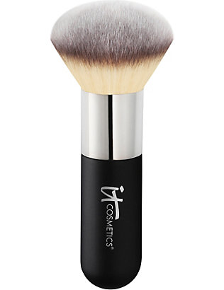 IT COSMETICS: Heavenly Luxe Powder Brush