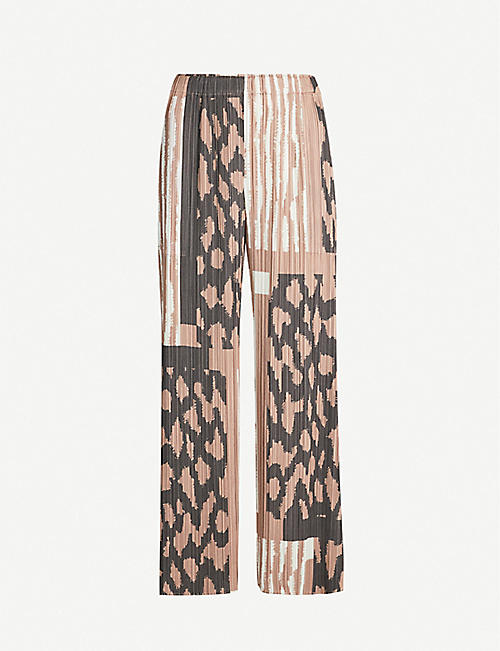 9a9d1d432 PLEATS PLEASE ISSEY MIYAKE Cropped high-rise pleated trousers