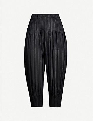PLEATS PLEASE ISSEY MIYAKE: Cropped high-rise tapered pleated trousers
