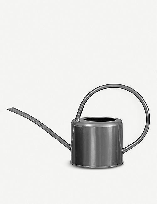 GARDEN TRADING Indoor steel watering can 1.1L