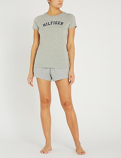 eb3f13ec5ed82 TOMMY HILFIGER Logo-print organic cotton T-shirt. Quick Shop