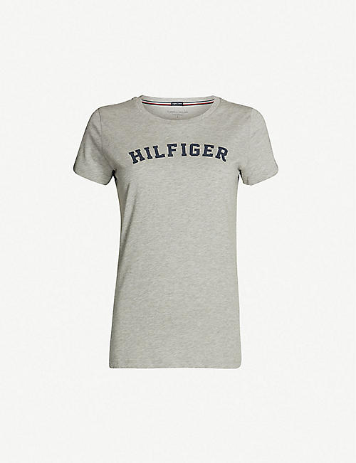 34716ea9e6e9 TOMMY HILFIGER Logo-print organic cotton T-shirt
