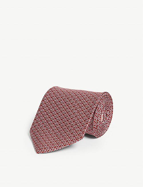 67f69dd923d82 SALVATORE FERRAGAMO Gancini vine print silk tie