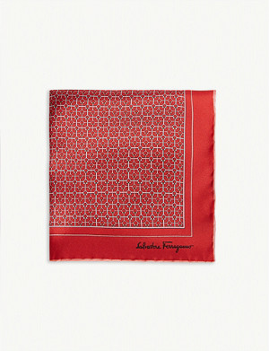 SALVATORE FERRAGAMO Gianco print pocket square