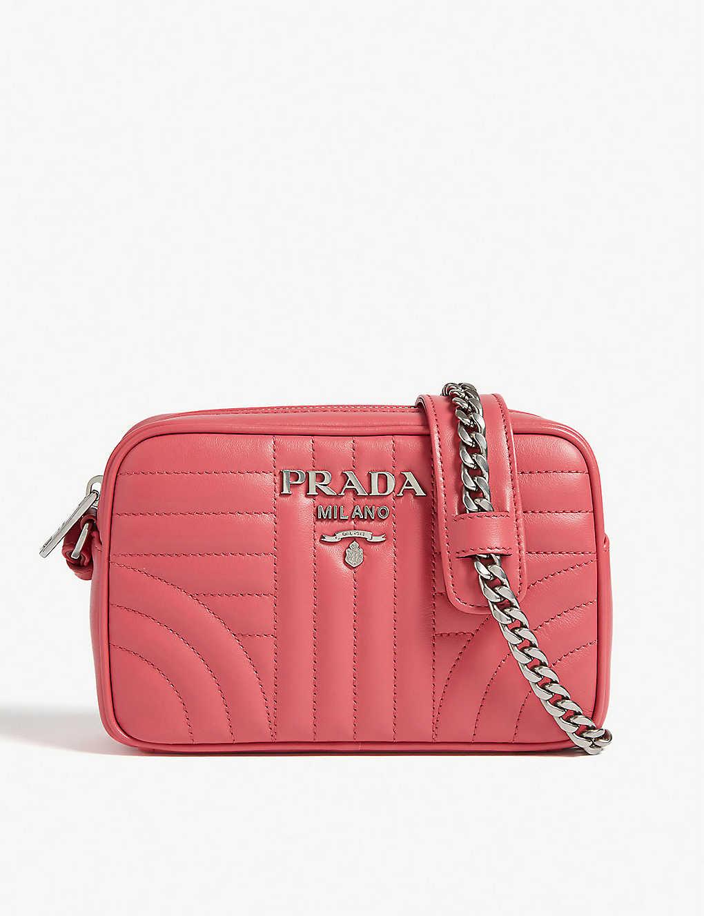 83c9c7185648 Diagramme camera bag - Peonie pink ...