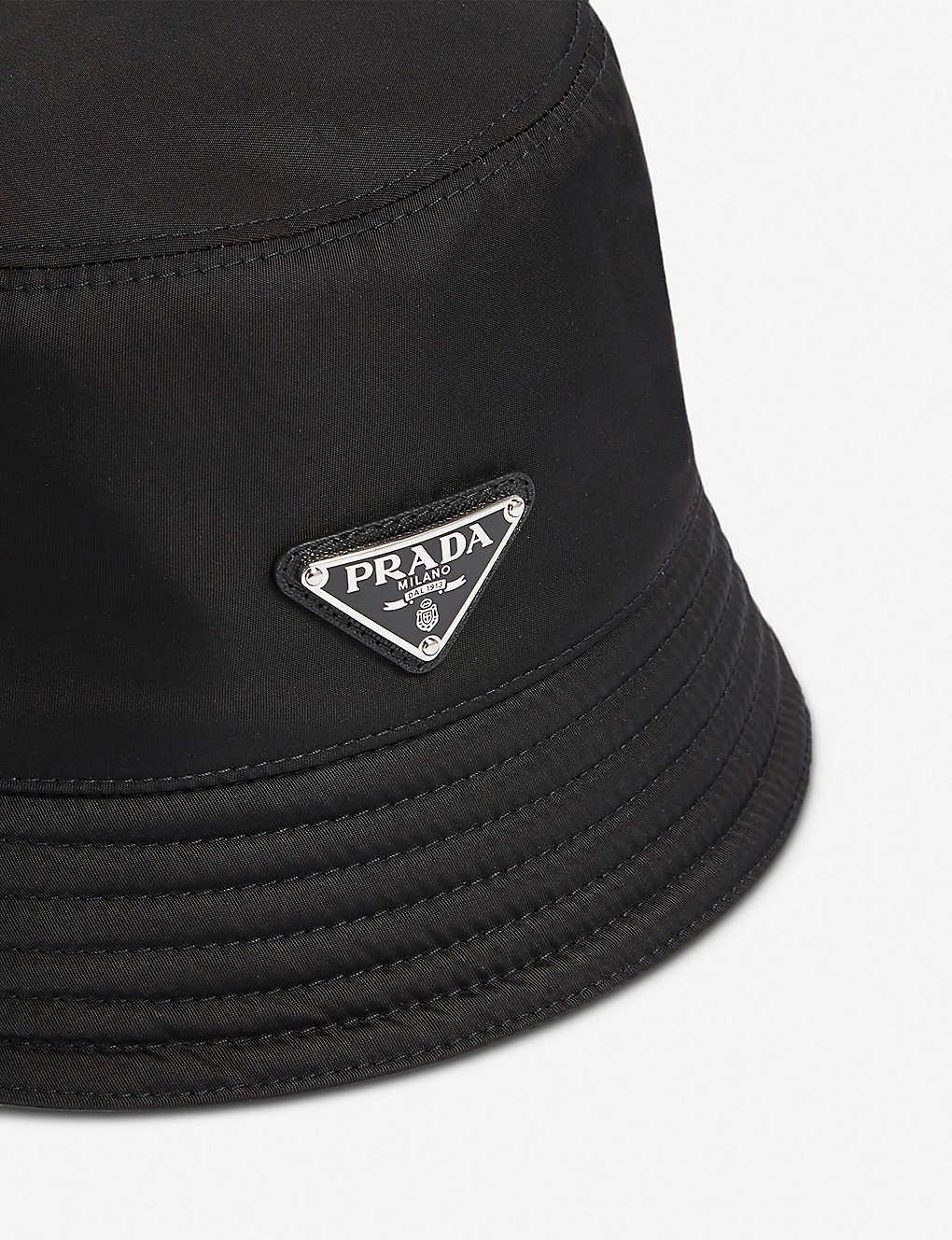 5273251f28b PRADA - Logo-plaque nylon bucket hat