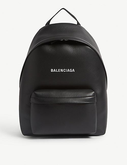 bcf7e7c3d4eb BALENCIAGA Everyday leather backpack