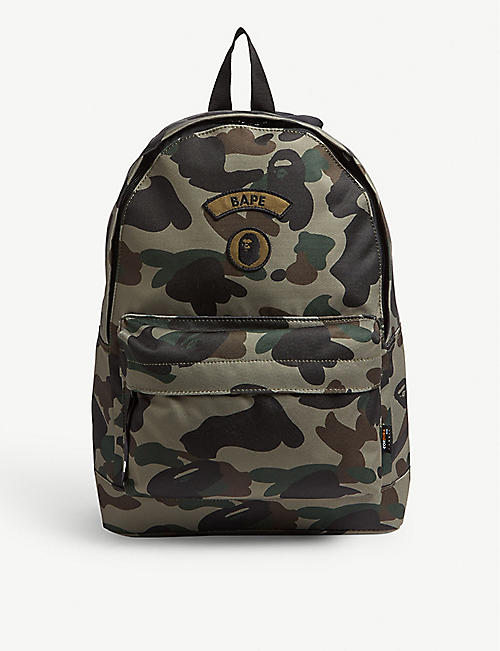 df473da0bd2d A BATHING APE Logo camouflage canvas backpack