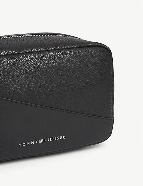 TOMMY HILFIGER Diagonal panel faux-leather washbag