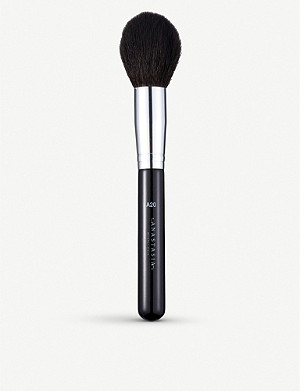 ANASTASIA BEVERLY HILLS Pro Brush A20 large powder brush