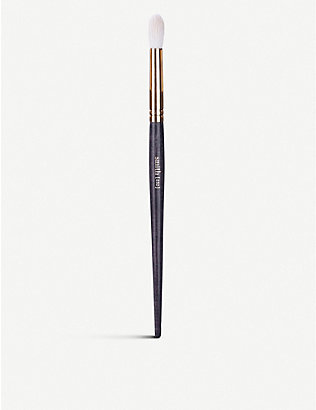 SMITH COSMETICS: 232 Quill crease brush (large)