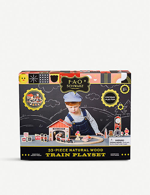 FAO SCHWARZ Classic wooden train set