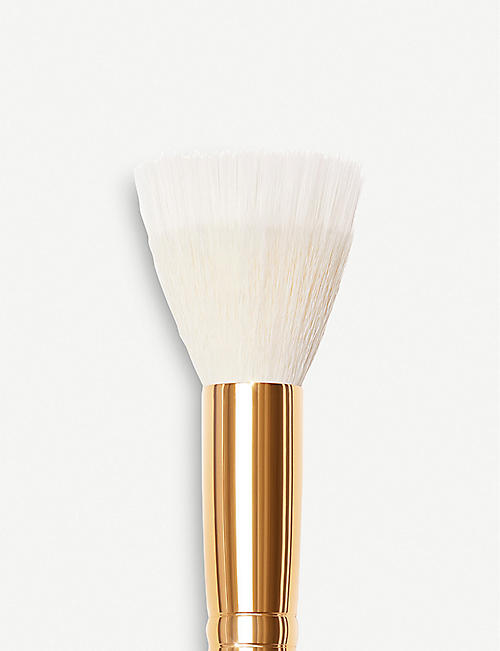 PAT MCGRATH LABS Skin Fetish Buffer 003 brush