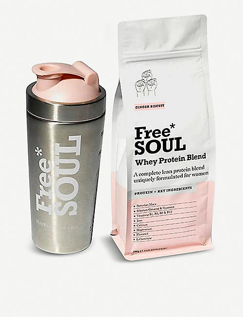 FREE SOUL Whey Protein – ginger biscuit and shaker