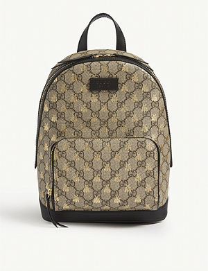 GUCCI - Bestiary wolf GG Supreme backpack  d14cd9a1bcee3