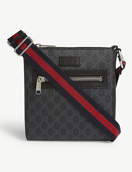 GUCCI GG Supreme canvas flight bag